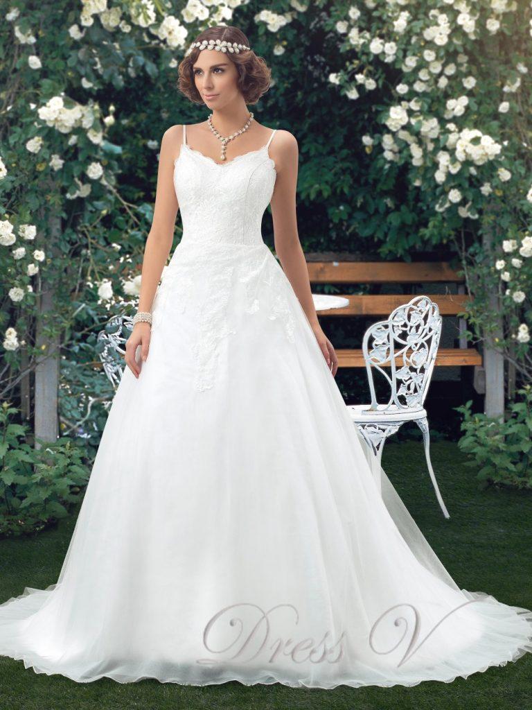 <元ドレススタイリストが教える>ウェディングドレス種類別レッスン【Aライン】で理想の花嫁に♡ で紹介している画像