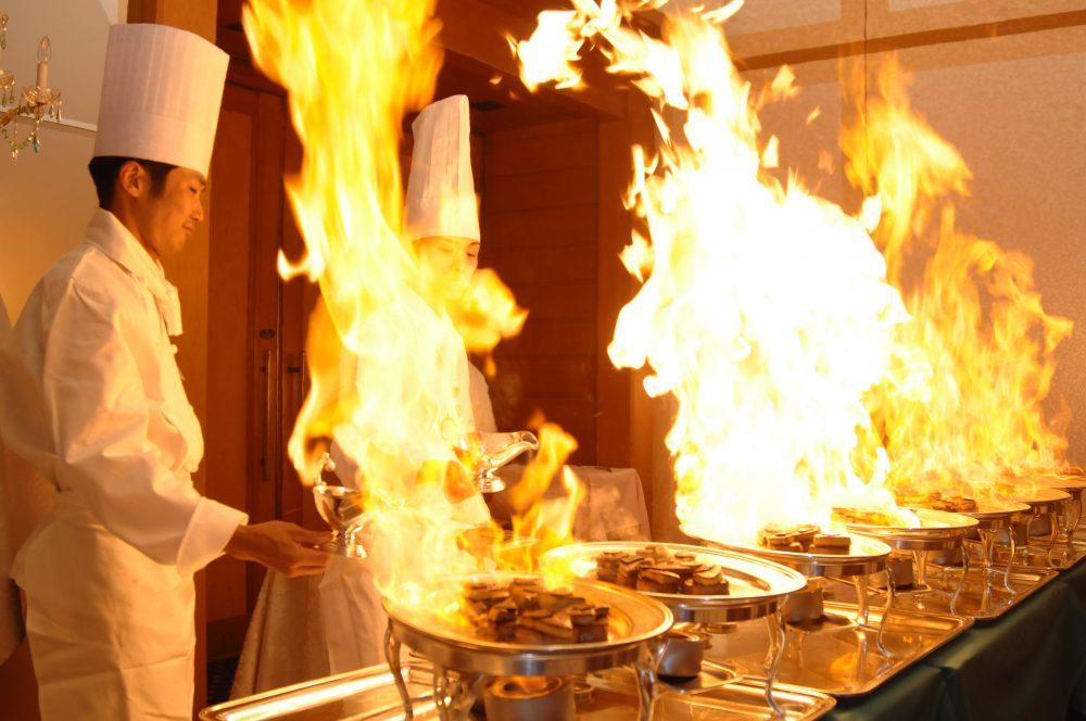 結婚式のお料理の選び方☆相場価格やポイント で紹介している画像