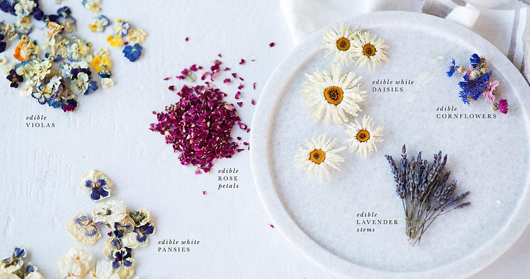 美しすぎる食材<エディブルフラワー>をちりばめて*お花でいっぱいの結婚式アイデアまとめ で紹介している画像