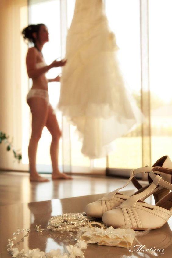 <ドレススタイリストが教える>体型のお悩みを解決する名脇役!ブライダルインナーの魅力と選び方 で紹介している画像