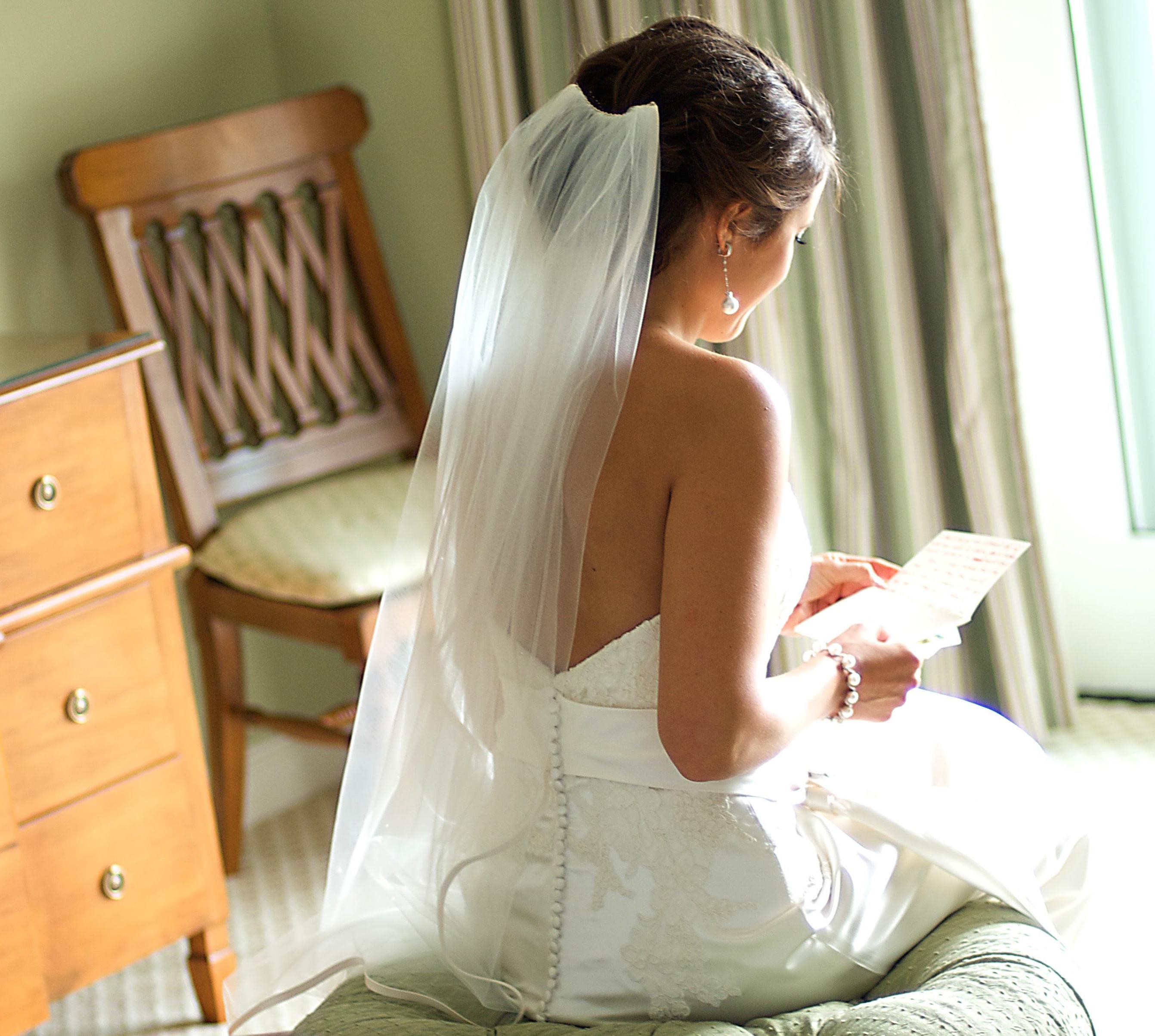 これを読めばもう怖くない!送り方から文例まで、結婚式に使う「電報」完全ガイド で紹介している画像