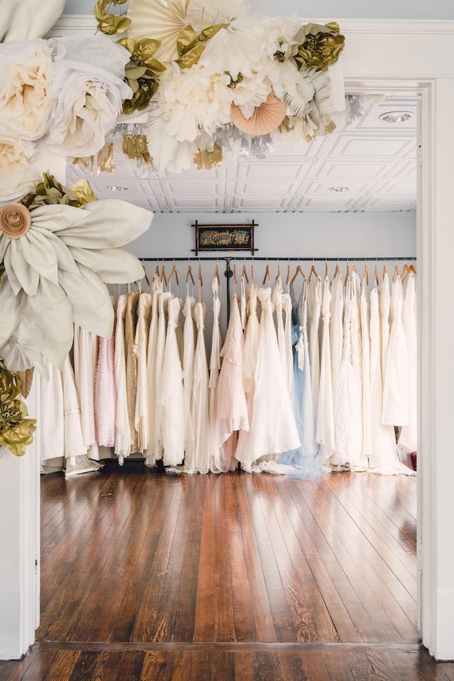 <ドレススタイリストが教える>初めてのウェディングドレス試着。予約から当日までの準備と注意点 で紹介している画像
