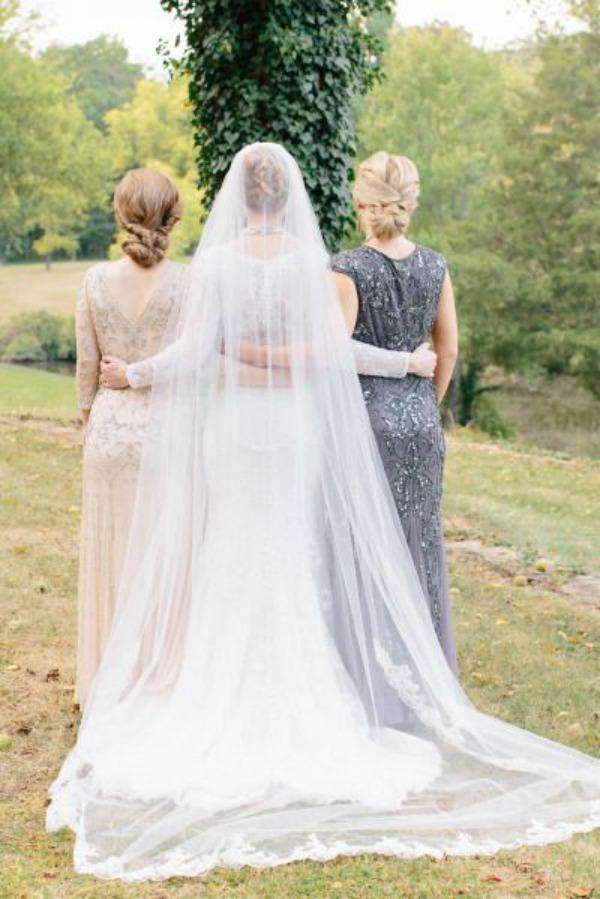 <ドレススタイリストが教える>何を着るべき?結婚式の母親の服装マナー で紹介している画像