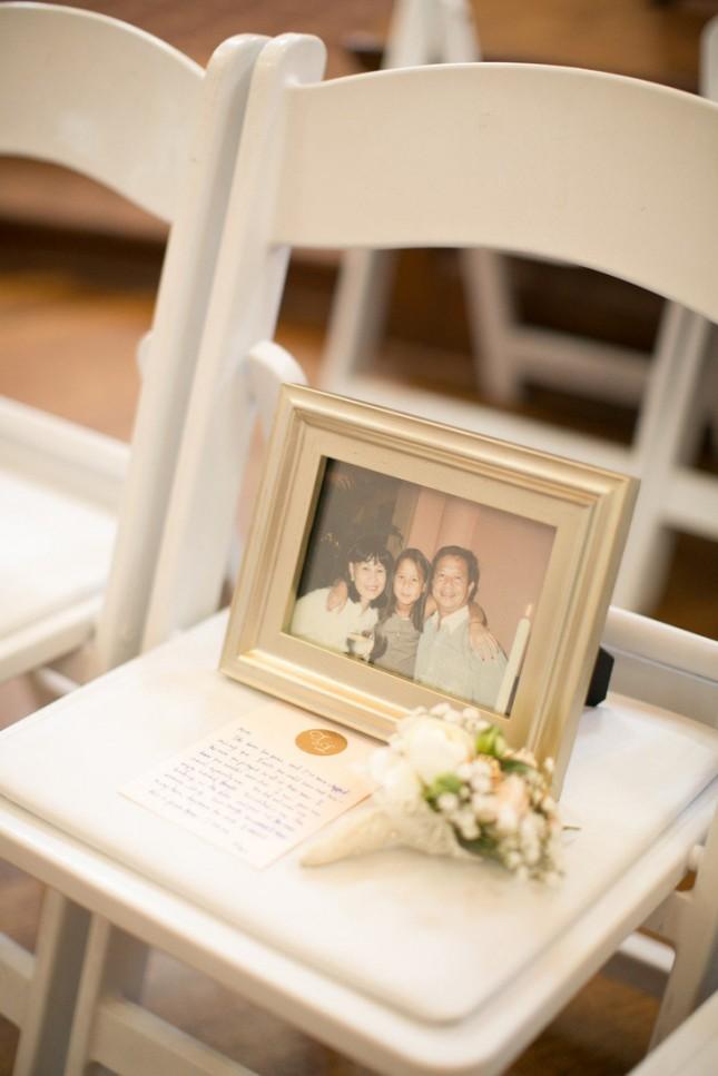 花嫁姿を見てほしかった。結婚式の前にこの世を去った大切な人を身近に感じられるアイディア で紹介している画像