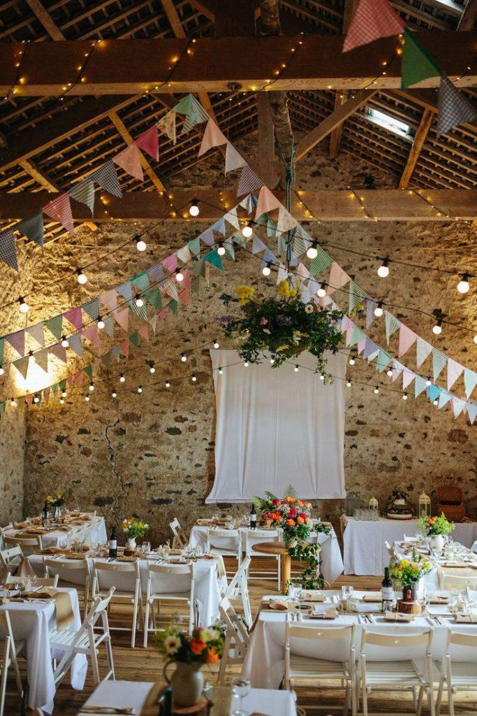 かわいい結婚式ならガーランド♡手作りガーランドの作り方やテンプレートまで♡ で紹介している画像