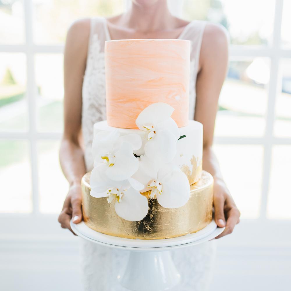 <可愛くて胸キュン>どんなデザインのウェディングケーキにする?今流行りのケーキって? で紹介している画像
