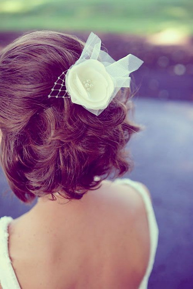 【ショートヘア】髪を切りたくなるくらいかわいい♡アレンジ20選&DIY2選 結婚式の髪型 で紹介している画像