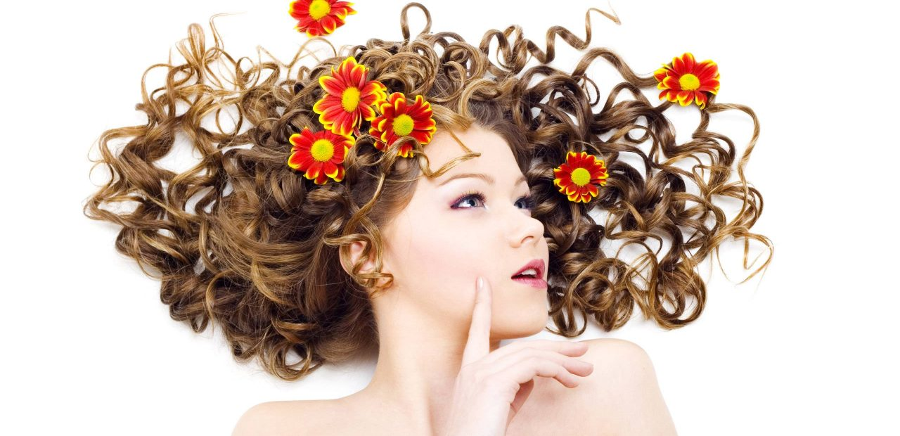 http-::stuffpoint.com:hairstyles:image:166136-hairstyles-curly-hair