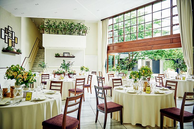 今話題のナチュラルウェディングをご紹介!自然に囲まれたアットホームな結婚式 で紹介している画像