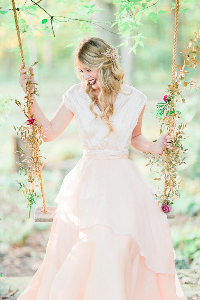 妖精が舞い降りたみたい。ブランコを使ったロマンティックなアイディア で紹介している画像