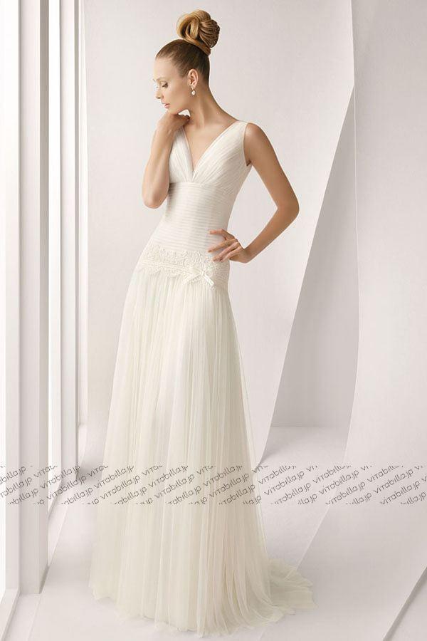 <元ドレススタイリストが教える>ウェディングドレス種類別レッスン【スレンダーライン】で理想の花嫁に♡ で紹介している画像