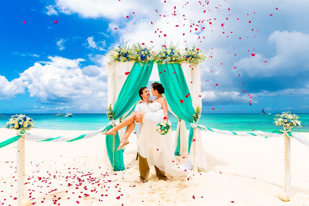 定番のハワイでいいの?知ったら挙げたくなっちゃう!モルディブ挙式の魅力♡ で紹介している画像