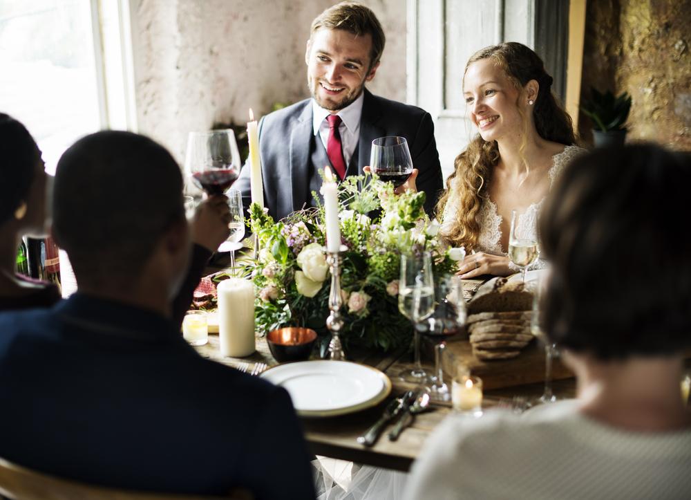 知るだけでスムーズ!結婚式、招待ゲスト決め方講座【先輩カップルのデータ丸わかり!】 で紹介している画像