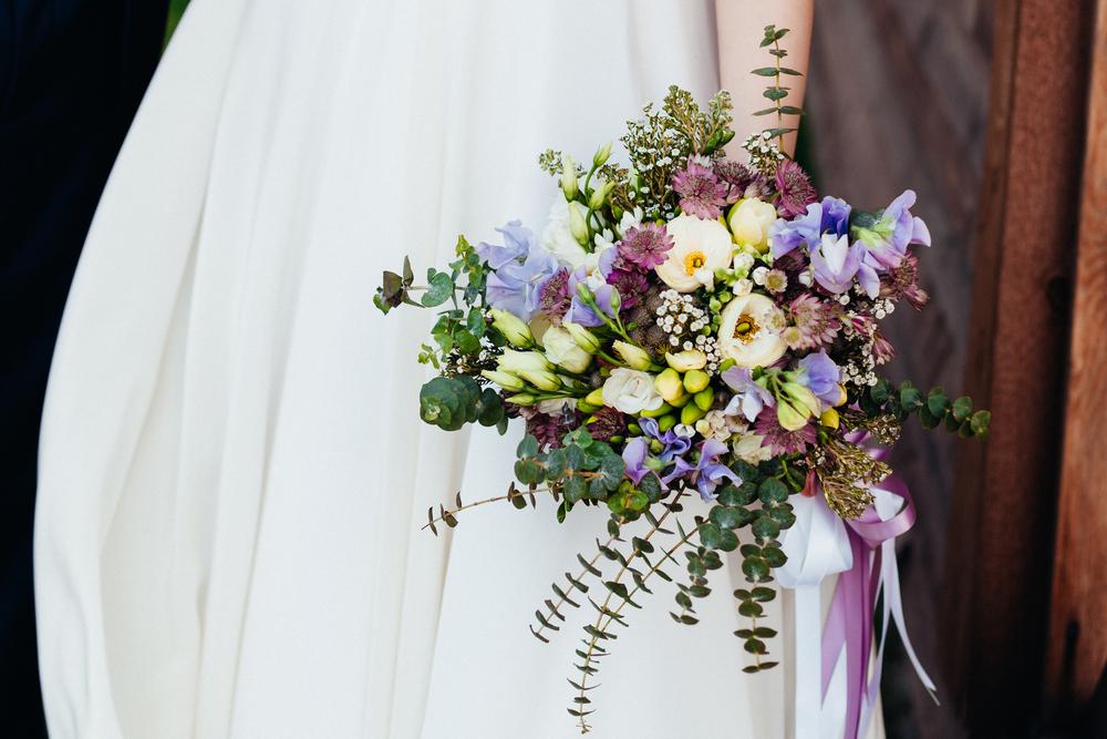 花嫁必見♡インスタ映えする写真の撮り方!ウェディングブーケ編 で紹介している画像