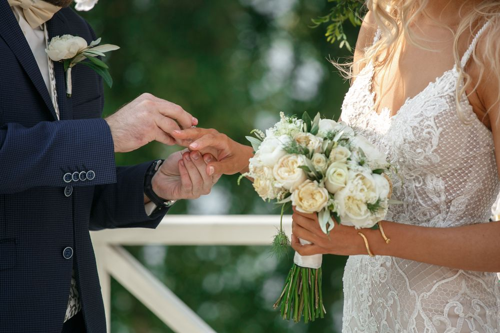 永遠の愛に蓋をしよう!結婚式で最近人気の演出エンゲージカバーセレモニーが素敵♡ で紹介している画像
